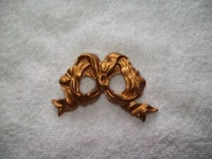 ANTIQUE GOLD CERAMIC BOWS CHRISTMAS ORNAMENT