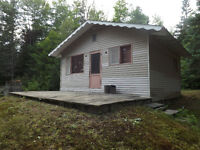 CHALET: for sale - a vendre 'Morin-Heights' 'Lac David'