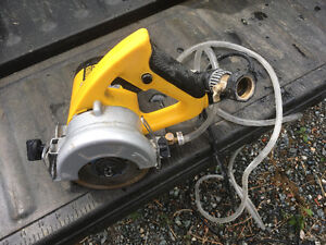 Circular wet saw