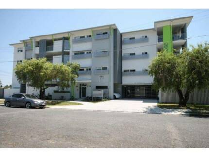 Beautiful Modern 2 Bed, 2 Bath Unit in Lutwyche for Rent.