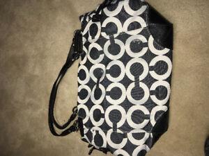FS: COACH TOTE BAG