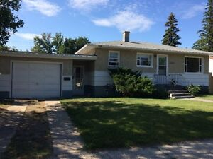 4930 53 AVE TABER