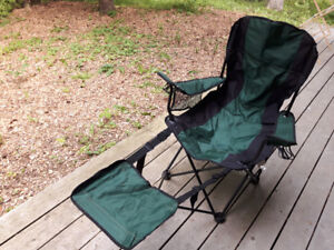 4 Camping Lounge Chairs with foot rest