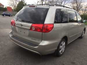 Toyota Sienna LE 2008 8 seater
