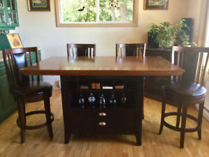 Solid Oak Pedastal Island Dining Table & 6 Chairs