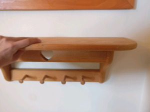 Wood wall shelf with hangers
