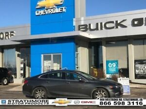 2017 Chevrolet Malibu Turbo-Tech Pkg-Nav-Leather heated-Dual Pan