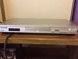 Tv, stand and dvd player Stratford Kitchener Area image 4