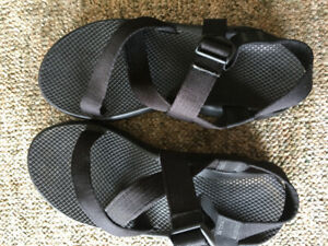 MEN'S CHACO NEW SANDALS
