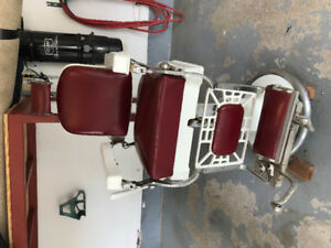 Berninghaus Hercules Barber Chair Antique