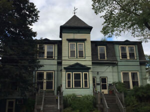 NOV. 3BR Heritage Flat at 5 Corners, Downtown Dartmouth, $1150