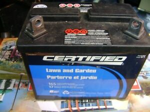 12 VOLT LAWN TRACTOR BATTERY NEW London Ontario image 1
