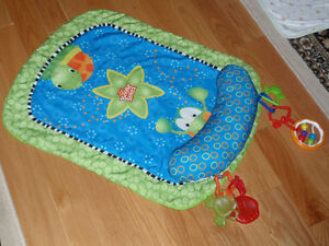 Tummy Cruiser Prop & Play Mat Bright Starts West Island Greater Montréal image 1