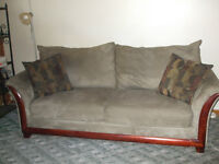 Large Couch 8ft