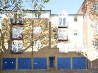 2 bedroom flat in Croft Street, Deptford SE8