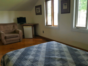 Port Perry  .furnished bedroom for single person