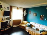 *Open House TODAY 6pm* 1Br Furn. Apt in City Park Avail July 1st