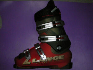 40 pairs !!!! SKI BOOTS FOR ADULTS AND KIDS BARGAIN PRICES!!!