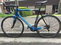 Stunning blue Cannondale Carbon Synapse with full Ultegra groupset and upgrades. 58 cm large.