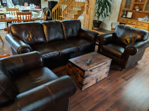 High Quality Black Leather sofa and 2 armchair set