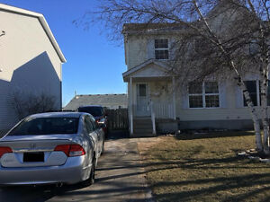 3 BD/1.5 Bath Freshly renovated/ Available March 1st, 2017