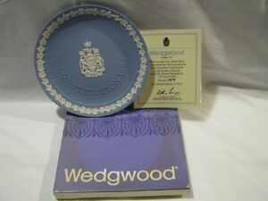 FOR SALE:  WEDGWOOD 1982 CANADIAN CONSTITUTION PLATE