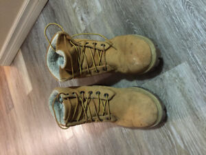 Size 10 wool lined timberland boots