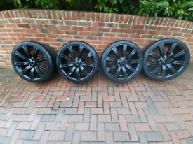 Range Rover/Land Rover 22inch stormer alloy wheels 285/35R22