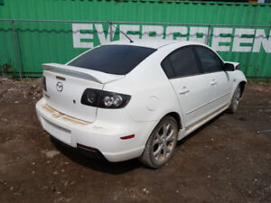 2005 MAZDA3.. JUST IN FOR PARTS AT PIC N SAVE! WELLAND