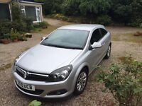 Vauxhall Astra 1.4i SRi Soorts Hatch Low miles Great condition 6mts Tax FSH £3999