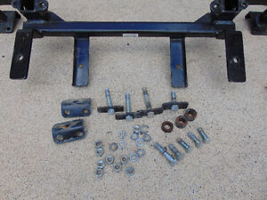 2011Ford Explorer Roadmaster XL Base Plate Kit - Removable Arms