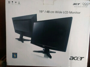 """Acer 19"""" monitor"""