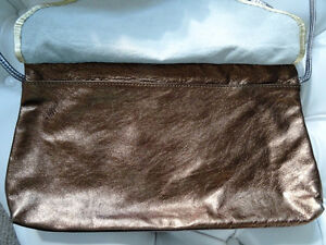 DISCO DAYS are here again! vintage METALLIC LEATHER CLUTCH PURSE Cambridge Kitchener Area image 5