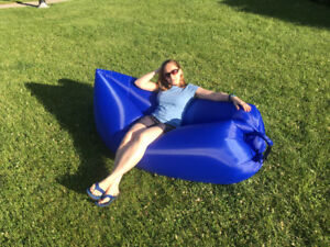 Air Lounger/ Inflatable couch - take it easy and get some air!