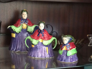 1930's 3-piece Little Old Lady Tea Set