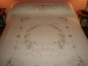 Handmade, Embroidered Bedspread Coverlet, Double Size Kitchener / Waterloo Kitchener Area image 1