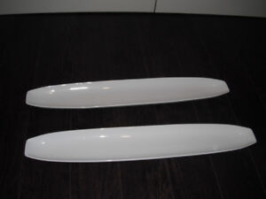 """2 White President's Choice Serving Dishes 25"""" x 4"""""""