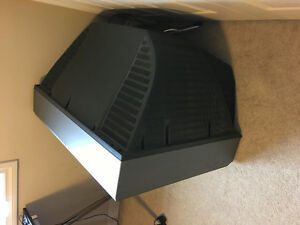Free TV if you can transport it out London Ontario image 3
