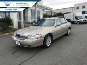 2010 Lincoln Town Car Signature Limited  - Low Mileage