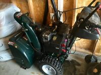 SNOWBLOWER LIKE NEW