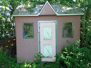 Shed, dollhouse, kids' playhouse or tool shed. $125