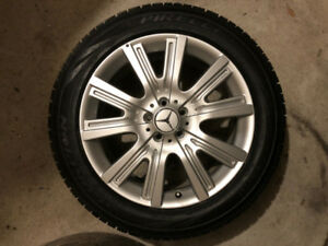 "NEW Mercedes OEM 4MATIC Pirelli Winter 19"" Tires Alloy Package"