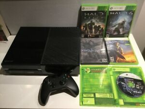 Console X Box One + Série 5 jeux Halo, Reach etc.. - 255$