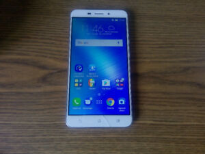 ASUS ZenFone 3 Laser Octa-Core 32GB cellulaire Full HD 150$