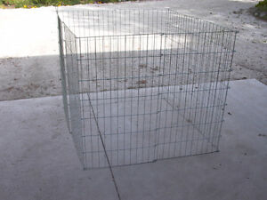 DOG OR SMALL ANIMAL PORTABLE KENNEL