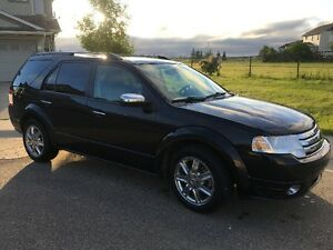 2008 Ford FreeStyle/Taurus X Limited SUV, Reduced price