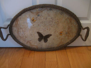 CHARMING OLD OVAL-SHAPED ANTIQUE BUTTERFLY SERVING TRAY