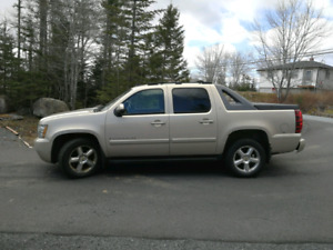 2007 Chevy Avalanche TL
