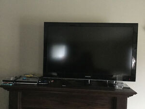 "New Samsung 42"" HD TV with Sony DVD for just 200$"