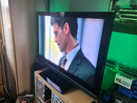 """42"""" Panasonic veirra TV built in freeview stand & remote £75 ono"""